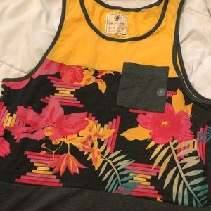 Men's floral tank top small NWT